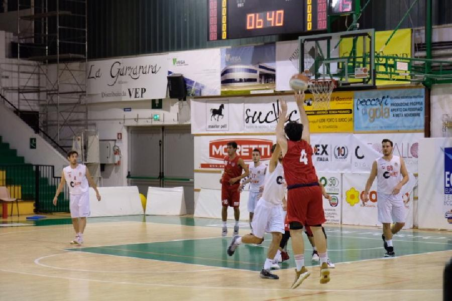 https://www.basketmarche.it/immagini_articoli/03-11-2019/sporting-pselpidio-supera-volata-vigor-matelica-600.jpg