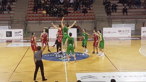 https://www.basketmarche.it/immagini_articoli/03-12-2017/serie-c-silver-netta-vittoria-per-il-campetto-ancona-contro-pedaso-270.jpg