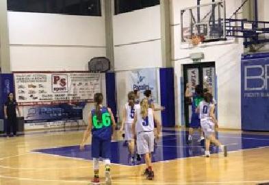 https://www.basketmarche.it/immagini_articoli/03-12-2017/under-13-femminile-il-cab-stamura-orsal-espugna-pesaro-e-resta-imbattuto-270.jpg