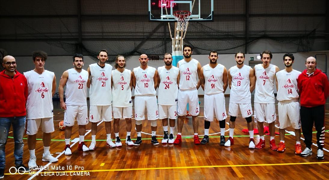 https://www.basketmarche.it/immagini_articoli/03-12-2018/adriatico-ancona-regola-buona-junior-porto-recanati-600.jpg