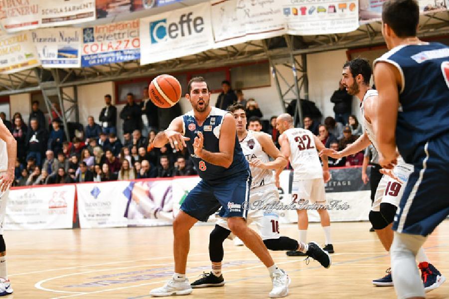 https://www.basketmarche.it/immagini_articoli/04-01-2019/janus-fabriano-pronto-trasferta-neutro-chieti-teramo-basket-600.jpg