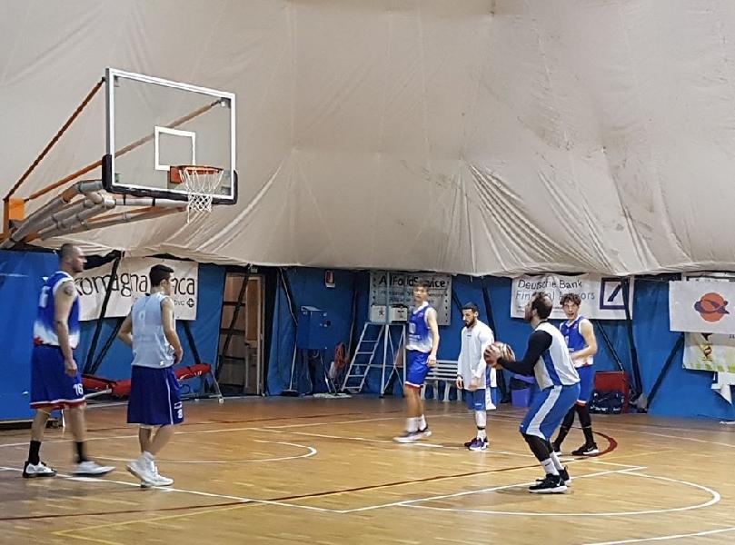 https://www.basketmarche.it/immagini_articoli/04-01-2020/positivo-test-amichevole-titano-marino-campo-bellaria-basket-600.jpg