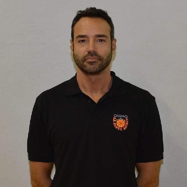 https://www.basketmarche.it/immagini_articoli/04-01-2020/robur-osimo-coach-castracani-pisaurum-squadra-aggressiva-allenata-gara-difficile-600.jpg