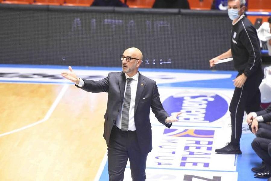 https://www.basketmarche.it/immagini_articoli/04-01-2021/brindisi-coach-vitucci-vittoria-estremamente-importante-partita-molto-difficile-complicata-600.jpg