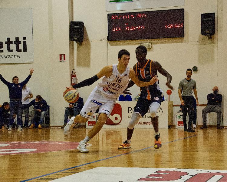 https://www.basketmarche.it/immagini_articoli/04-01-2021/civitanova-marco-lusvarghi-partita-montegranaro-fondamentale-dovremo-giocare-morte-600.jpg