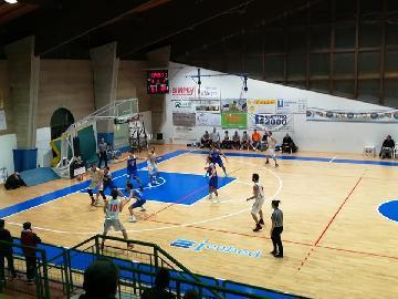 https://www.basketmarche.it/immagini_articoli/04-02-2018/serie-c-silver-la-pallacanestro-pedaso-torna-alla-vittoria-contro-il-pisaurum-270.jpg