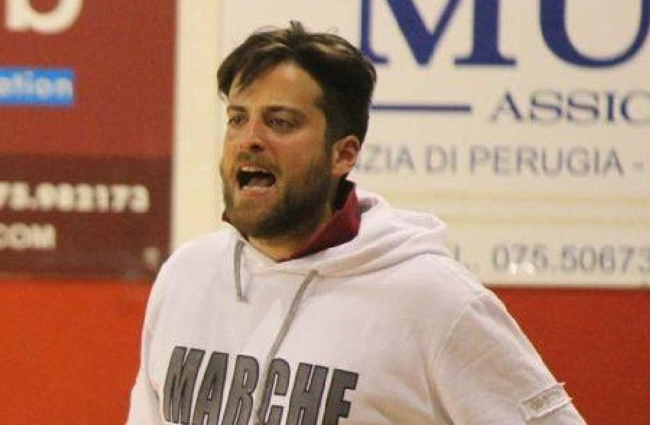 https://www.basketmarche.it/immagini_articoli/04-03-2019/luciana-mosconi-ancona-emanuele-pancotto-assistente-allenatore-600.jpg