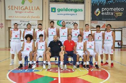 https://www.basketmarche.it/immagini_articoli/04-05-2018/serie-b-nazionale-playoff-gara-2-la-pallacanestro-senigallia-non-fallisce-e-conquista-gara-3-270.jpg