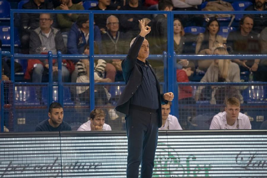 https://www.basketmarche.it/immagini_articoli/04-05-2019/poderosa-montegranaro-coach-pancotto-partita-difficile-siamo-stati-bravi-domenica-dura-600.jpg