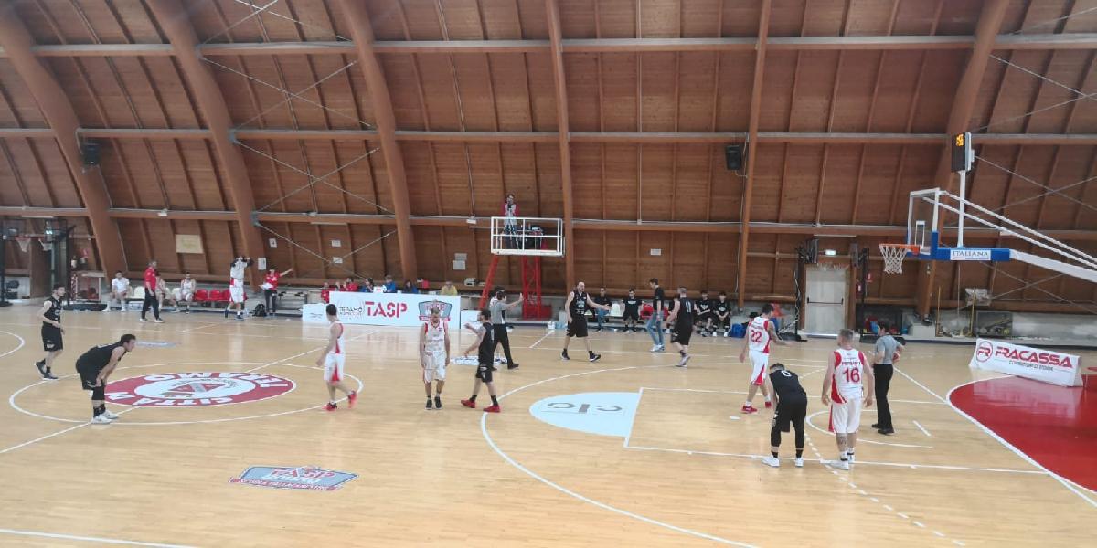 https://www.basketmarche.it/immagini_articoli/04-05-2019/serie-silver-playoff-live-gara-risultati-sabato-tempo-reale-600.jpg