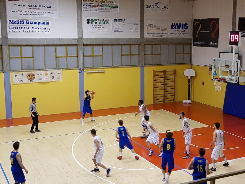 https://www.basketmarche.it/immagini_articoli/04-05-2019/silver-playoff-pallacanestro-urbania-sconfitta-casa-olimpia-mosciano-600.jpg
