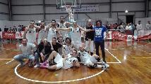 https://www.basketmarche.it/immagini_articoli/04-06-2019/promozione-finals-conero-supera-volata-ponte-morrovalle-sale-serie-120.jpg