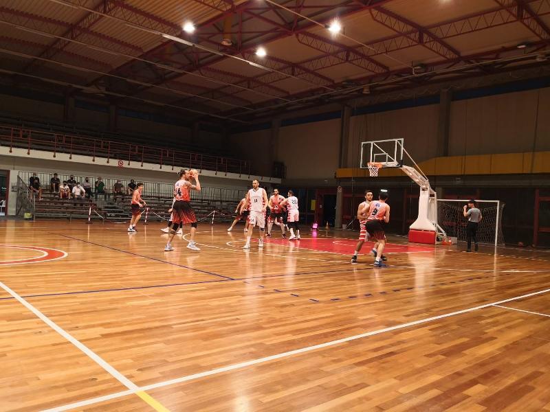 https://www.basketmarche.it/immagini_articoli/04-06-2021/recupero-basket-tolentino-risale-supera-basket-gualdo-dopo-supplementare-600.jpg