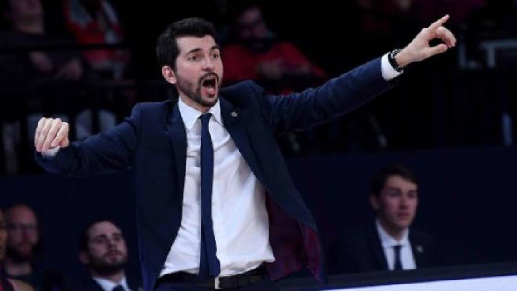 https://www.basketmarche.it/immagini_articoli/04-08-2019/vuelle-pesaro-coach-perego-pulica-pronto-prendersi-responsabilit-affidiamo-600.jpg