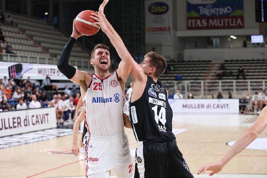 https://www.basketmarche.it/immagini_articoli/04-09-2021/supercoppa-pallacanestro-trieste-espugna-campo-dellaquila-basket-trento-600.jpg