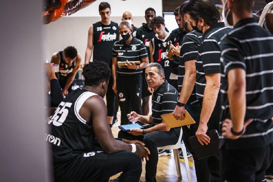 https://www.basketmarche.it/immagini_articoli/04-09-2021/virtus-bologna-mercato-coach-scariolo-stiamo-cercando-playmaker-600.jpg