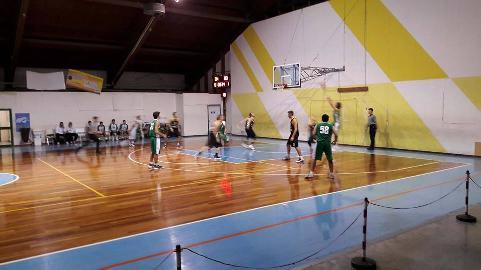 https://www.basketmarche.it/immagini_articoli/04-11-2017/d-regionale-il-cab-stamura-ancona-espugna-il-campo-dei-brown-sugar-fabriano-270.jpg