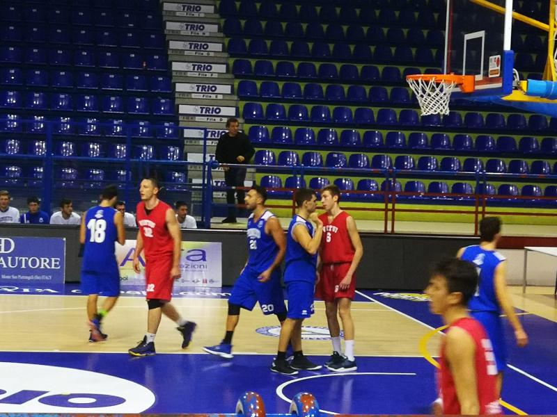 https://www.basketmarche.it/immagini_articoli/04-11-2018/pineto-basket-passa-campo-chem-virtus-sblocca-600.jpg