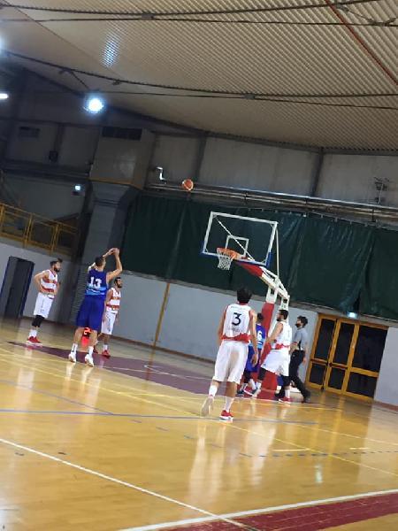 https://www.basketmarche.it/immagini_articoli/04-11-2018/serie-silver-live-girone-marche-umbria-risultati-domenica-tempo-reale-600.jpg