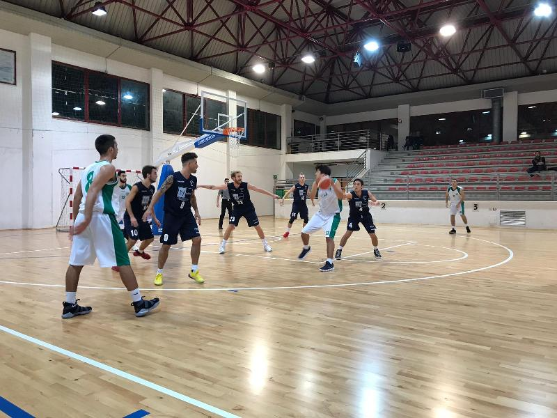 https://www.basketmarche.it/immagini_articoli/04-11-2018/super-naspi-trascina-stamura-ancona-vittoria-basket-giovane-pesaro-600.jpg