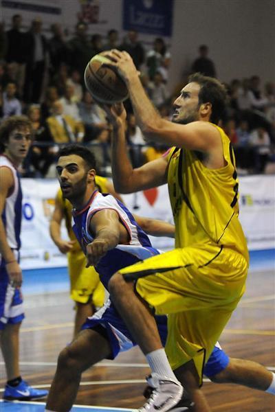 https://www.basketmarche.it/immagini_articoli/04-12-2018/rinforza-isernia-basket-firmato-esterno-paolo-cupito-600.jpg