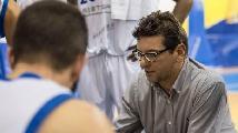 https://www.basketmarche.it/immagini_articoli/04-12-2019/ufficiale-janus-fabriano-alessandro-fantozzi-allenatore-virtus-cassino-120.jpg