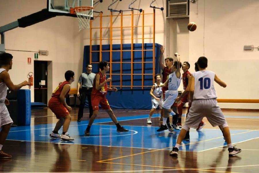 https://www.basketmarche.it/immagini_articoli/04-12-2019/under-eccellenza-porto-sant-elpidio-basket-espugna-campo-wispone-taurus-jesi-600.jpg