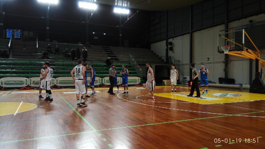 https://www.basketmarche.it/immagini_articoli/05-01-2019/regionale-live-girone-umbria-risultati-ultima-andata-tempo-reale-600.jpg