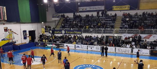 https://www.basketmarche.it/immagini_articoli/05-02-2018/serie-b-nazionale-il-basket-recanati-espugna-civitanova-ed-ingrana-la-sesta-270.jpg