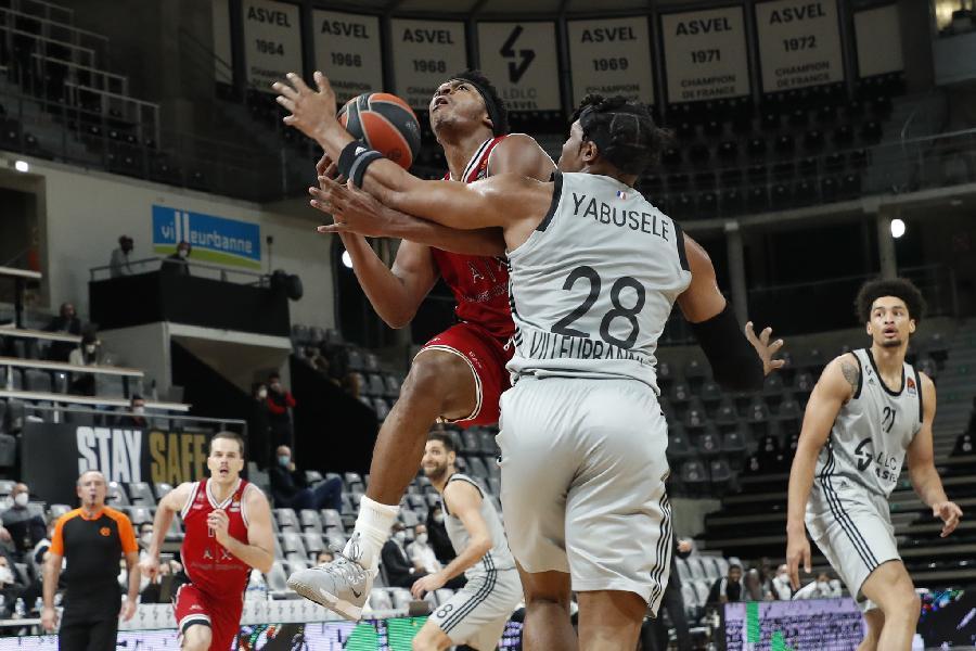 https://www.basketmarche.it/immagini_articoli/05-02-2021/euroleague-corsa-olimpia-milano-ferma-campo-villeurbanne-600.jpg