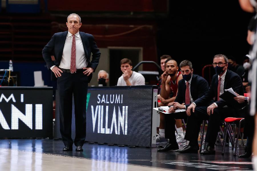 https://www.basketmarche.it/immagini_articoli/05-02-2021/olimpia-milano-coach-messina-villeurbanne-squadra-estremamente-atletica-abbiamo-qualche-assenza-pesante-600.jpg