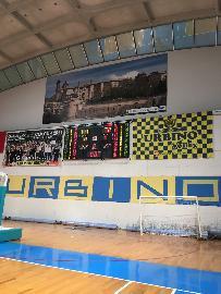 https://www.basketmarche.it/immagini_articoli/05-04-2018/promozione-a-la-vuelle-pesaro-b-espugna-il-campo-dei-cerontiducali-urbino-270.jpg