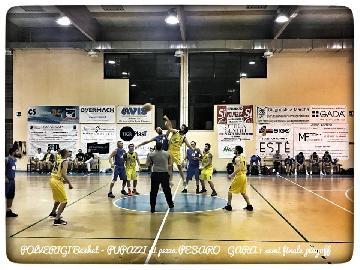 https://www.basketmarche.it/immagini_articoli/05-05-2018/prima-divisione-playoff-gara-1-il-polverigi-basket-si-impone-sui-pupazzi-di-pezza-pesaro-270.jpg