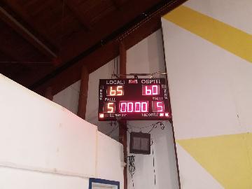 https://www.basketmarche.it/immagini_articoli/05-05-2018/promozione-playoff-gara-1-i-bad-boys-fabriano-battono-lo-storm-ubique-ascoli-270.jpg
