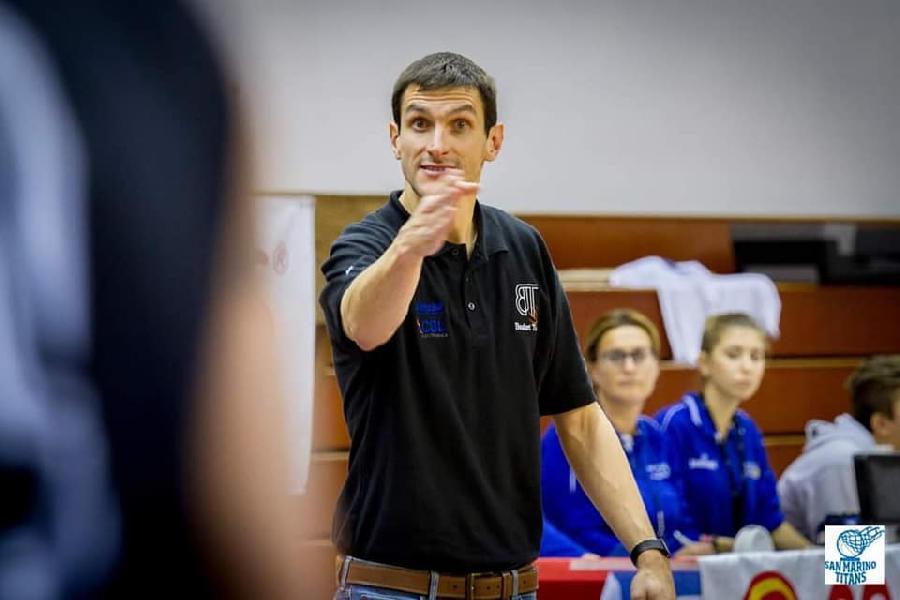 https://www.basketmarche.it/immagini_articoli/05-05-2019/basket-todi-coach-olivieri-concesse-troppe-cose-facili-gara-vogliamo-vendere-cara-pelle-600.jpg