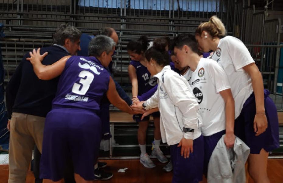 https://www.basketmarche.it/immagini_articoli/05-05-2019/femminile-basket-2000-senigallia-chiude-stagione-espugnando-spoleto-600.jpg
