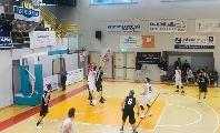 https://www.basketmarche.it/immagini_articoli/05-05-2019/gold-playout-robur-osimo-supera-falconara-conquista-salvezza-120.jpg