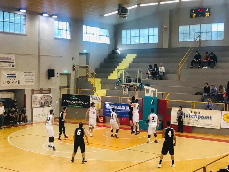 https://www.basketmarche.it/immagini_articoli/05-05-2019/serie-gold-playout-live-risultati-gara-tempo-reale-600.jpg