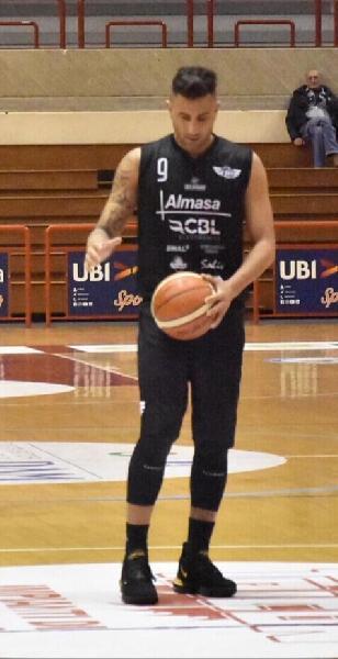 https://www.basketmarche.it/immagini_articoli/05-05-2019/silver-playoff-assenze-simoni-varriale-pesano-basket-todi-teramo-600.jpg