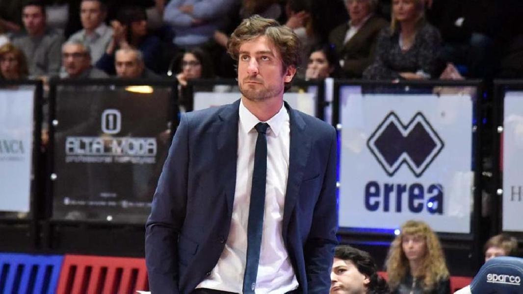 https://www.basketmarche.it/immagini_articoli/05-05-2020/pistoia-basket-praticamente-fatta-conferma-coach-michele-carrea-600.jpg
