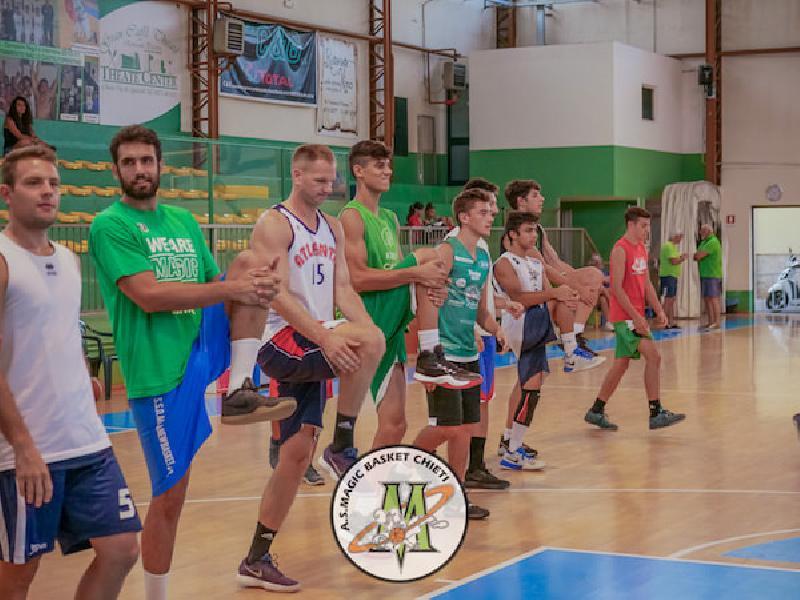 https://www.basketmarche.it/immagini_articoli/05-09-2018/serie-gold-magic-basket-chieti-venerd-settembre-amichevole-olimpia-mosciano-600.jpg