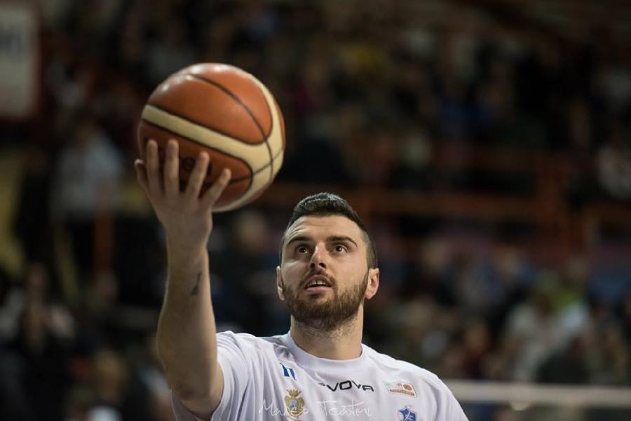 https://www.basketmarche.it/immagini_articoli/05-09-2019/ferma-nicol-gatti-infortunio-janus-fabriano-mercato-600.jpg