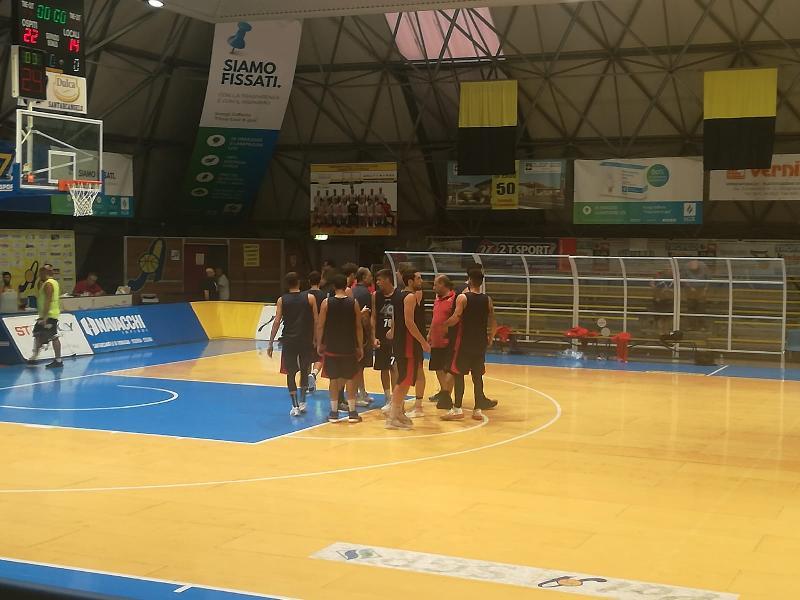 https://www.basketmarche.it/immagini_articoli/05-09-2019/indicazioni-positive-pallacanestro-senigallia-campo-rinascita-basket-rimini-600.jpg