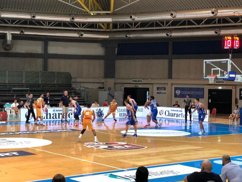https://www.basketmarche.it/immagini_articoli/05-09-2020/supercoppa-convincente-vittoria-dinamo-sassari-pesaro-600.jpg