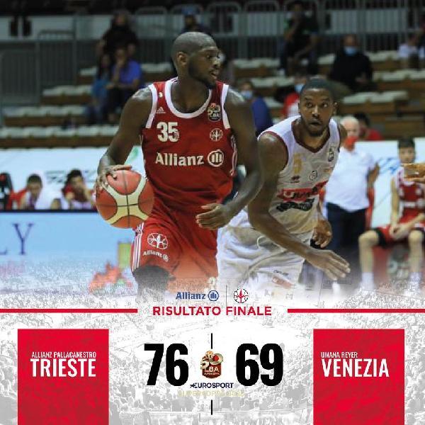 https://www.basketmarche.it/immagini_articoli/05-09-2020/supercoppa-pallacanestro-trieste-supera-reyer-venezia-resta-imbattuta-600.jpg