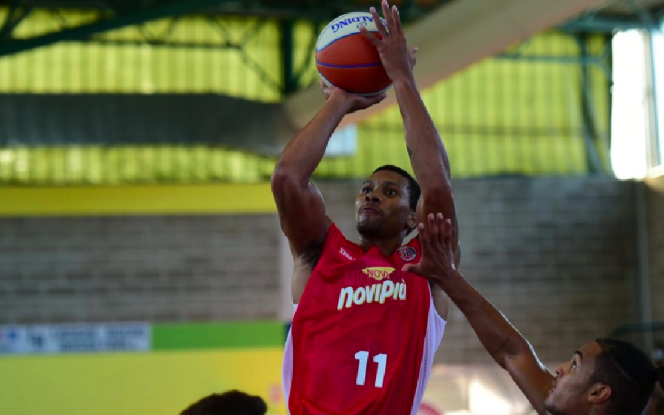 https://www.basketmarche.it/immagini_articoli/05-09-2021/monferrato-supera-langhe-roero-basketball-vince-trofeo-600.png