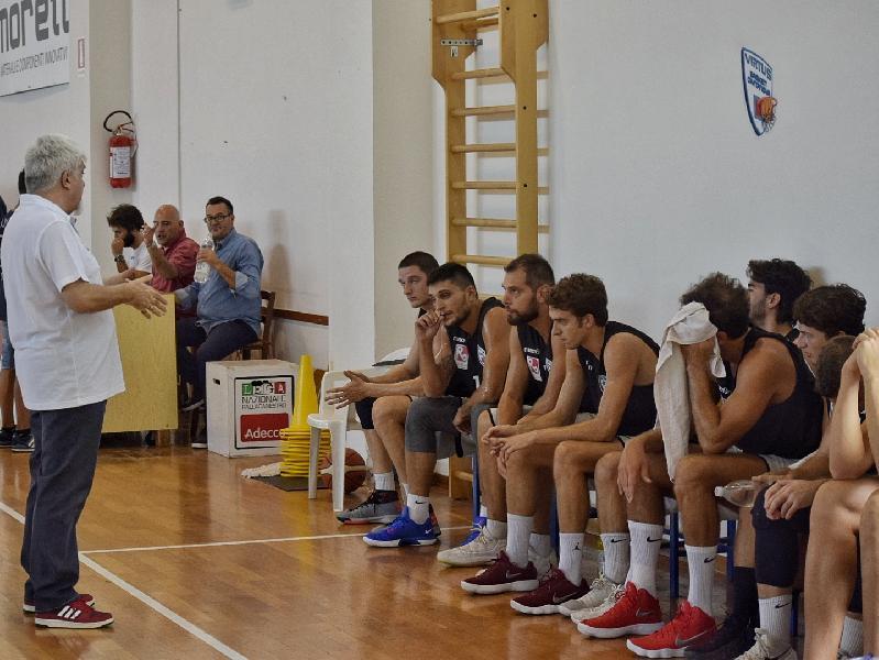 https://www.basketmarche.it/immagini_articoli/05-10-2018/virtus-civitanova-coach-piero-millina-presenta-sfida-squadra-600.jpg