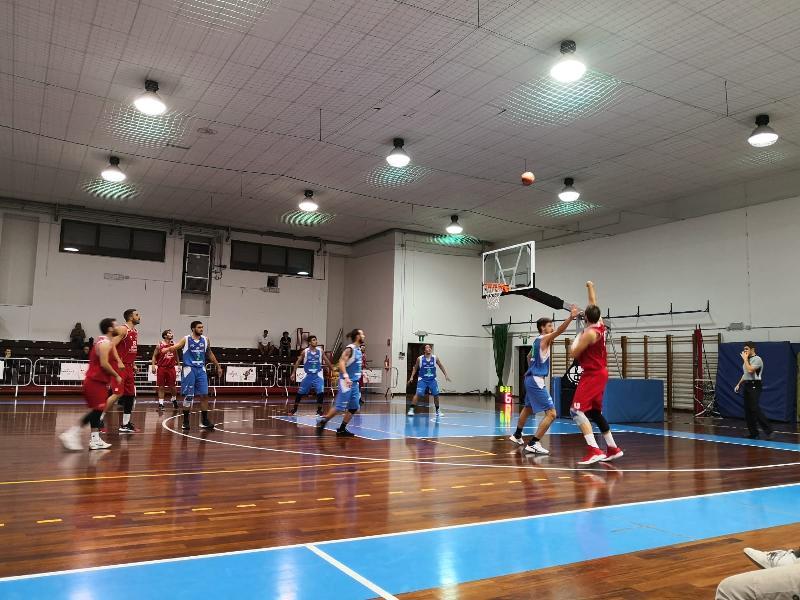 https://www.basketmarche.it/immagini_articoli/05-10-2019/basket-tolentino-parte-piede-giusto-passa-campo-wispoen-taurus-jesi-600.jpg