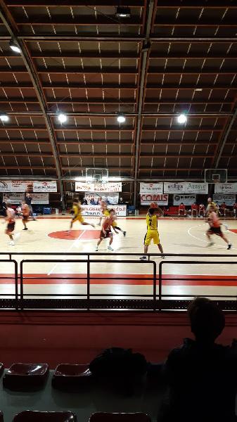 https://www.basketmarche.it/immagini_articoli/05-10-2019/positivo-esordio-loreto-pesaro-rimaneggiato-basket-gualdo-600.jpg