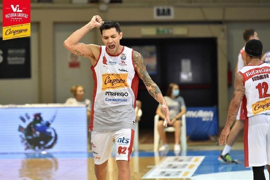 https://www.basketmarche.it/immagini_articoli/05-10-2020/pesaro-perde-carlos-delfino-lesione-muscolare-600.jpg